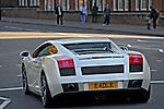 Carro Lamborghini. Londres. Inglaterra. Foto de Manuel Lourenço.