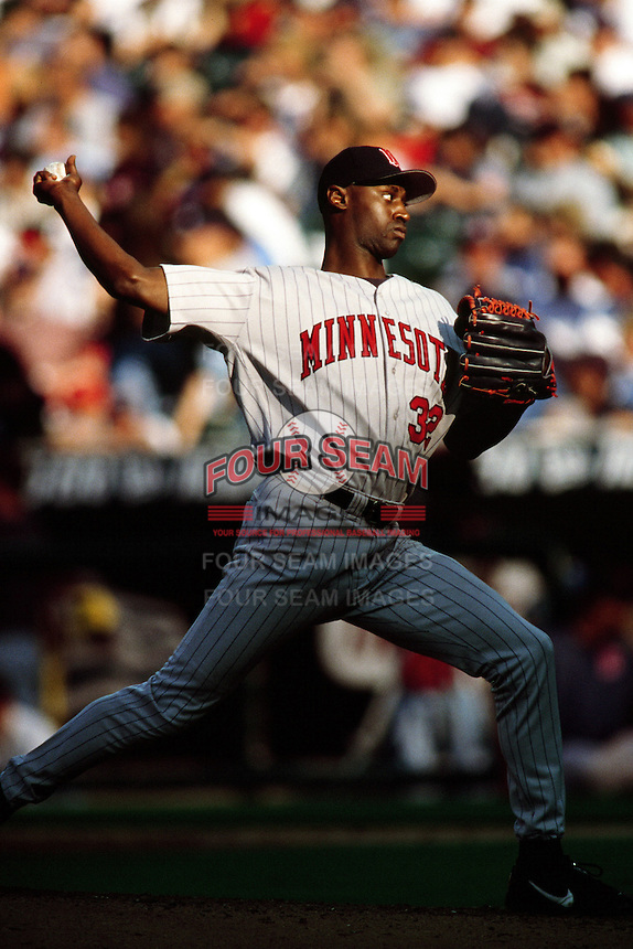 LaTroy Hawkins of the Minnesota Twins during a game against the Anaheim Angels at Angel Stadium circa 1999 in Anaheim, California. (Larry Goren/Four Seam Images)