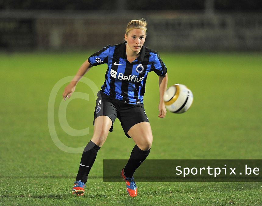 20131001 - VARSENARE , BELGIUM : Brugge's Jana Coryn pictured during the female soccer match between Club Brugge Vrouwen and Royal Antwerp FC Ladies , of the fifth matchday in the BENELEAGUE competition. Tuesday 1 October 2013. PHOTO DAVID CATRY