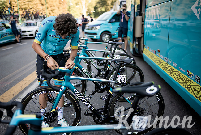 race prep by Manuele Boaro (ITA/Astana)<br /> <br /> 'La Primavera' (Spring) in summer!<br /> 111st Milano-Sanremo 2020 (1.UWT)<br /> 1 day race from Milano to Sanremo (305km)<br /> <br /> the postponed edition > exceptionally held in summer because of the Covid-19 pandemic calendar reshuffle