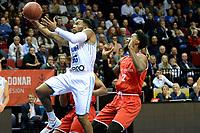 GRONINGEN - Basketbal, Donar - Spirou Basket, Martiniplaza, Europe Cup, seizoen 2018-2019, 20-11-2018, Donar speler Jordan Callahan op weg naar score