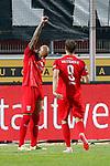 09.06.2020, xtgx, Fussball 3. Liga, Hallescher FC - SV Waldhof Mannheim emspor, v.l. Terrence Boyd (Halle, 13), Pascal Sohm (Halle, 9) Jubel, Torjubel, jubelt ueber das Tor, celebrate the goal, celebration  beim Spiel in der 3. Liga, Hallescher FC - SV Waldhof Mannheim.<br /> <br /> Foto © PIX-Sportfotos *** Foto ist honorarpflichtig! *** Auf Anfrage in hoeherer Qualitaet/Aufloesung. Belegexemplar erbeten. Veroeffentlichung ausschliesslich fuer journalistisch-publizistische Zwecke. For editorial use only. DFL regulations prohibit any use of photographs as image sequences and/or quasi-video.
