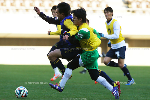 (L-R)<br /> Ryota Nagata,<br /> Hidetoshi Miyuki,<br /> 2014 JPFA Tryout at Fukuda Denshi Arena in Chiba, Japan on December 3rd, 2014.<br /> (Photo by Shingo Ito/AFLO SPORT)