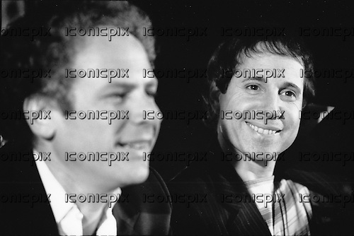 SIMON & GARFUNKEL - Paul Simon and Art Garfunkel  - Paris France - 1982.  Photo credit: Philippe Hamon/Dalle/IconicPix