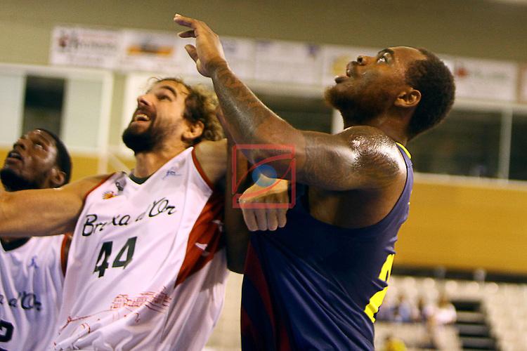 Regal XXXV Llia Nacional Catalana ACB 2014-Semifinals.<br /> FC Barcelona vs La Bruixa d'Or Manresa: 82-66.<br /> Roger Grimau vs Deshaun Thomas.