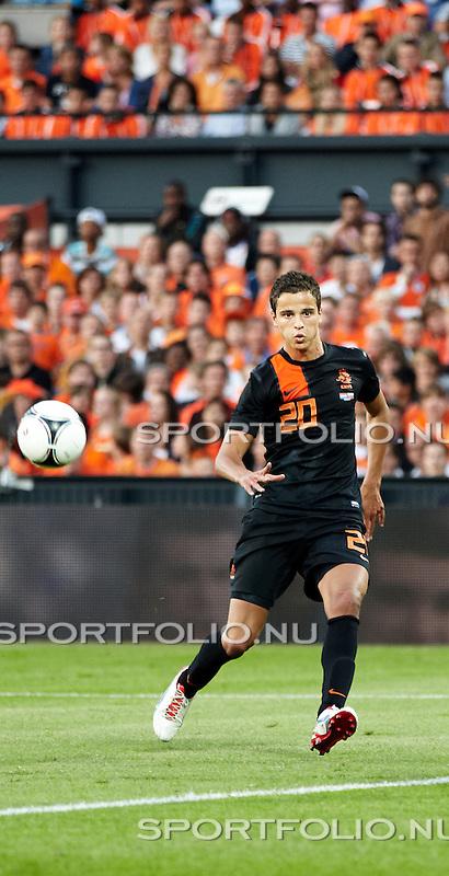 Nederland, Rotterdam, 30 mei 2012.Seizoen 2011/2012.Oefeninterland.Nederland-Slowakije 2-0. Ibrahim Afellay van Oranje in actie met de bal