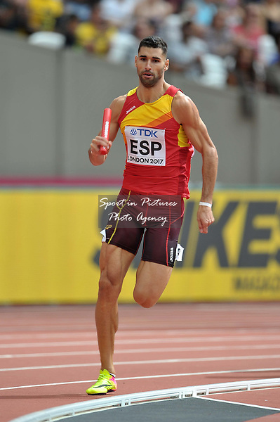 Samuel Garcia (ESP) in the mens 4 x 400m relay. IAAF world athletics championships. London Olympic stadium. Queen Elizabeth Olympic park. Stratford. London. UK. 12/08/2017. ~ MANDATORY CREDIT Garry Bowden/SIPPA - NO UNAUTHORISED USE - +44 7837 394578