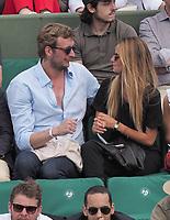 Amaury Leveaux et sa copine<br /> day 11 , Roland Garros 2017. Paris, France, 07/06/2017. # LES PEOPLE DANS LES TRIBUNES DE ROLAND GARROS - 07 JUIN 2017