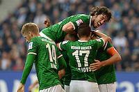 FUSSBALL   1. BUNDESLIGA   SAISON 2013/2014   6. SPIELTAG Hamburger SV - Eintracht Braunschweig                  21.09.2013 Beim Werder Torjubel nach dem 0:1 ist Santiago Garcia ganz obenauf