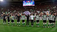 FUSSBALL   INTERNATIONAL   UEFA EUROPA LEAGUE   SAISON 2012/2013    Zwischenrunde Lazio Rom - Borussia Moenchengladbach      21.02.2013 Gladbacher Team bedankt sich bei den vielen mitgereisten Fans für die Unterstuetzung