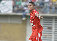 TURBO - COLOMBIA -10-05-2015: Ayron del Valle jugador de América de Cali celebra tras anotar un gol a Leones FC durante el encuentro por la fecha 13 del Torneo Aguila 2015 jugado en el estadio John Jairo Trellez de la ciudad de Turbo./ Ayron del Valle player of America de Cali celebrates scores a goal to Leones FC during the match for the 13th date of Aguila Tournament 2015 played at John Jairo Trellez stadium in Turbo city. Photo: VizzorImage / Gabriel Aponte / Staff