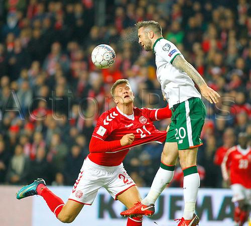 11th November 2017, Telia Parken, Copenhagen, Denmark; FIFA World Cup Qualification, European playoff, 1st leg; Denmark versus Republic of Ireland; Shane Duffy (Republic of Ireland) wins an aerial battle against Andreas Cornelius (Denmark)