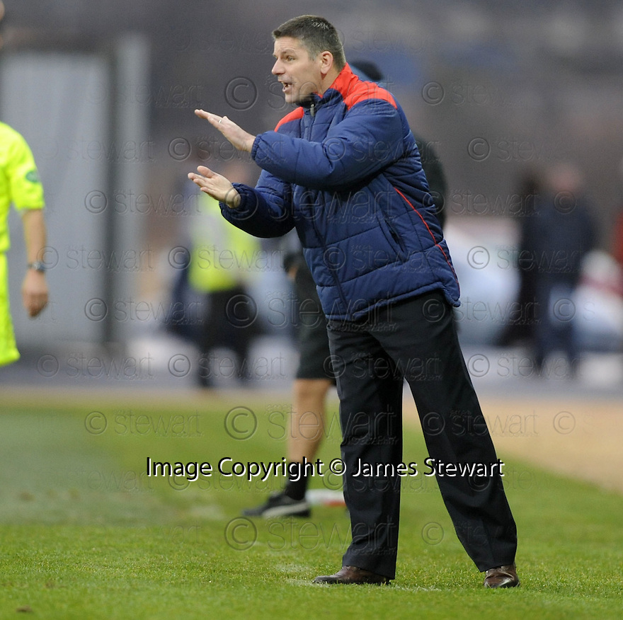 05/12/2009  Copyright  Pic : James Stewart.sct_jspa21_falkirk_v_rangers  . :: FALKIRK MANAGER EDDIE MAY TRIES TO ENCOURAGE HIS TEAM :: .James Stewart Photography 19 Carronlea Drive, Falkirk. FK2 8DN      Vat Reg No. 607 6932 25.Telephone      : +44 (0)1324 570291 .Mobile              : +44 (0)7721 416997.E-mail  :  jim@jspa.co.uk.If you require further information then contact Jim Stewart on any of the numbers above.........