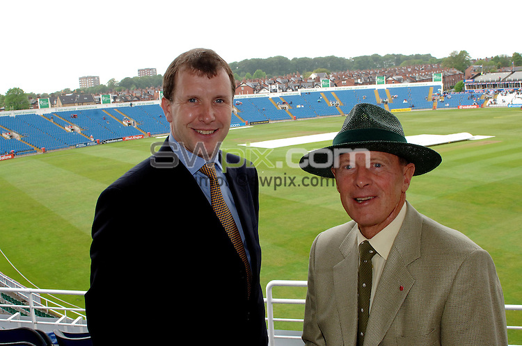 Pix by Simon Wilkinson/SWpix.com......Cricket...Geoff Boycott, Headingley Leeds, 21/5/06..Picture Copyright >> Simon Wilkinson >> 07811267706..Geoff Boycott pictured at Headingley with Stewart Regan