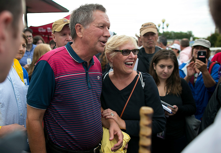 UNITED STATES - August 17: Republican presidential candidate and Ohio Governor John Kasich meets fairgoers at the Iowa State Fair on Tuesday, August 18, 2015 in Des Moines, Iowa. (Photo By Al Drago/CQ Roll Call)