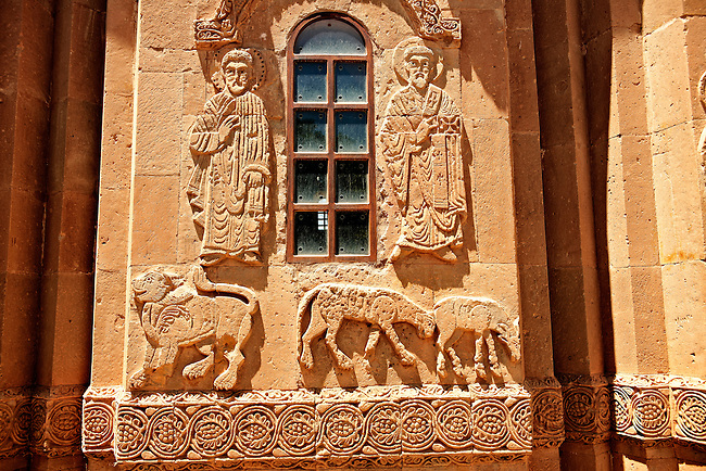 Bas Releif sculptures with scenes from the Bible on the outside of the 10th century Armenian Orthodox Cathedral of the Holy Cross on Akdamar Island, Lake Van Turkey 26