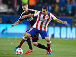 Leverkusen's midfielder Lars Bender vies with Atletico Madrid's midfielder Koke during the round of 16 second leg UEFA Champions League football match Atletico de Madrid vs Bayern Leverkusen at the Vicente Calderon stadium in Madrid on March 17, 2015.  PHOTOCALL3000/ DP