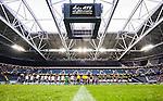 Stockholm 2015-07-30 Fotboll Kval Uefa Europa League  AIK - Atromitos FC :  <br /> Vy &ouml;ver Tele2 Arena med publik och tomma l&auml;ktarsektioner under lineup inf&ouml;r matchen mellan AIK och Atromitos FC <br /> (Foto: Kenta J&ouml;nsson) Nyckelord:  AIK Gnaget Tele2 Arena UEFA Europa League Kval Kvalmatch Atromitos FC Grekland Greece inomhus interi&ouml;r interior supporter fans publik supporters
