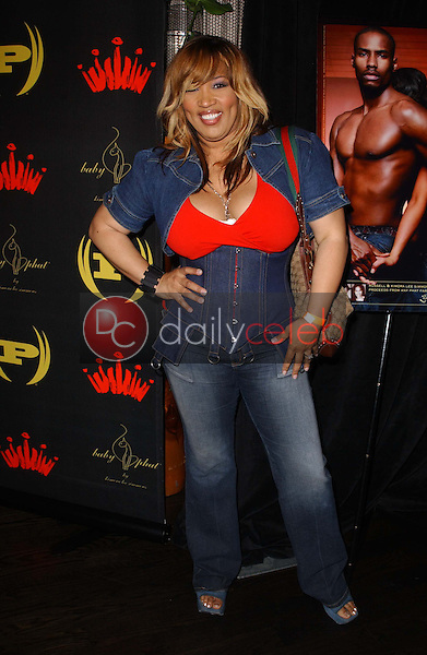Kym Whitley<br />at the 3rd Annual Work Hard, Play Harder Lounge benefitting Women For The World. W Hotel, Westwood, CA. 06-25-06<br />Dave Edwards/DailyCeleb.com 818-249-4998