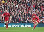 Leigh Halfpenny of Wales taking a penalty kick - RBS 6Nations 2015 - Scotland  vs Wales - BT Murrayfield Stadium - Edinburgh - Scotland - 15th February 2015 - Picture Simon Bellis/Sportimage