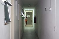 """SÃO PAULO, SP, 02.10.2015- REFUGIADOS-SP- Para atender as solicitações de refugiados e vítimas de tráfico de pessoas, o estado de São Paulo conta com a casa de passagem """"Terra Nova""""  e completa uma ano de existência que na tarde desta sexta-feira, 2 . A casa fica localizada na Rua Abolição, região central de São Paulo. (Foto: Renato Mendes / Brazil Photo Press)"""