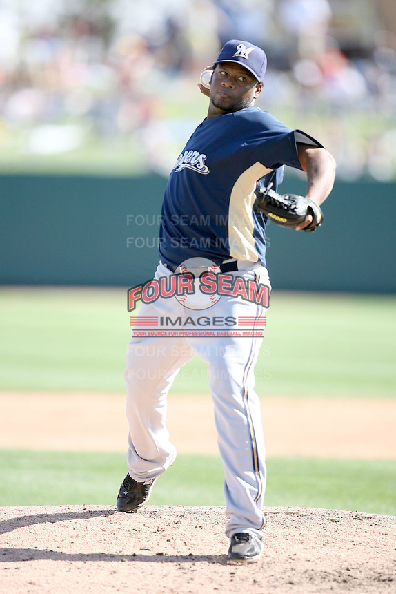 March 11,2009: Jorge Julio (50) of the Milwaukee Brewers at Camelback Ranch in Glendale, AZ.  Photo by: Chris Proctor/Four Seam Images