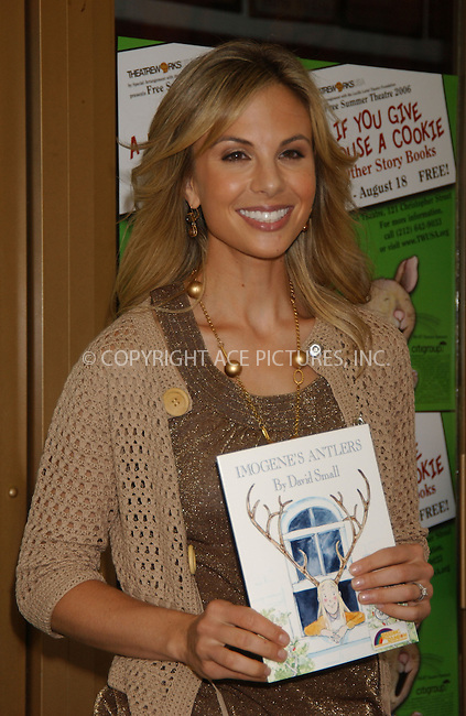 WWW.ACEPIXS.COM . . . . . ....July 25, 2006, New York City. ....Elisabeth Hasselbeck of The View appears in support of Theatreworks USA's Free Summer Program. ......Please byline: KRISTIN CALLAHAN - ACEPIXS.COM.. . . . . . ..Ace Pictures, Inc:  ..(212) 243-8787 or (646) 769 0430..e-mail: info@acepixs.com..web: http://www.acepixs.com