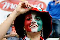GDANSK, POLONIA, 10 JUNHO 2012 - EURO 2012 -  ESPANHA X ITALIA - Torcedor da Italia momentos antes da partida contra a Espanha em jogo valido pela primeira rodada do Grupo C, na Arena de Gdansk na Polonia neste domingo, 10. (FOTO: DANIELE BUFFA / PIXATHLON / BRAZIL PHOTO PRESS.