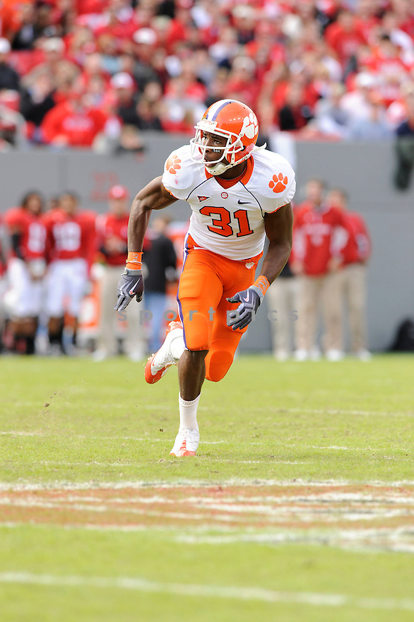 RASHARD HALL, of the Clemson Tigers, in action during the Tigers game against the North Carolina State Wolfpack on November 14, 2009 in Raleigh, NC. Clemson won 43-23.