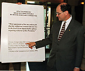 United States Representative Brad Sherman (Democrat of California) points to a chart he used during his remarks on the House floor against the Impeachment of US President Bill Clinton on Capitol Hill in Washington, DC on 18 December, 1998.<br /> Credit: Ron Sachs / CNP