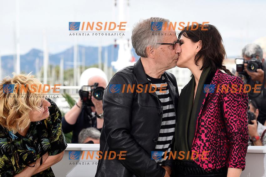 Fabrice Luchini, Juliette Binoche<br /> Festival di Cannes 2016 <br /> Foto Panoramic / Insidefoto