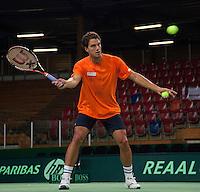 04-05-10, Zoetermeer, SilverDome, Tennis, Training Davis Cup, Jesse Huta Galung