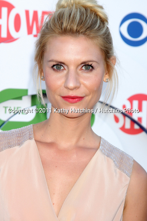 LOS ANGELES - AUG 3:  Claire Danes arriving at the CBS TCA Summer 2011 All Star Party at Robinson May Parking Garage on August 3, 2011 in Beverly Hills, CA