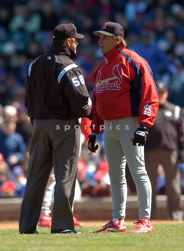 Tony LaRussa of the St. Louis Cardinals,  against the Cubs on April 8, 2006...Cubs win 3-2..David Durochik / SportPics
