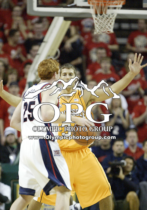 """29 December 2007:  Tennessee's #34 Ryan Childress sets up to defend against the Gonzaga Bulldogs at Key Arena in the annual """"Battle of Seattle"""" in Seattle, WA. The Tennessee Volunteers won 82-72 over the Gonzaga Bulldogs."""