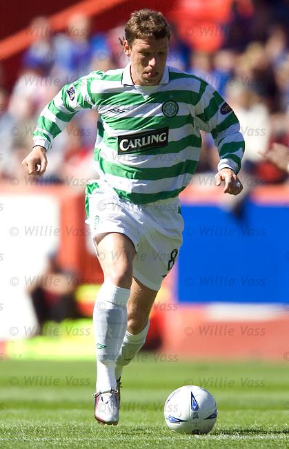 Alan Thompson, Celtic.stock season 2004-2005.pic willie vass