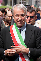 Milano, manifestazione del 25 aprile, anniversario della Liberazione dell'Italia dal nazifascismo. Il sindaco di Milano Giuliano Pisapia --- Milan, manifestation of April 25, the anniversary of the Liberation of Italy from nazi-fascism. The mayor of Milan Giuliano Pisapia