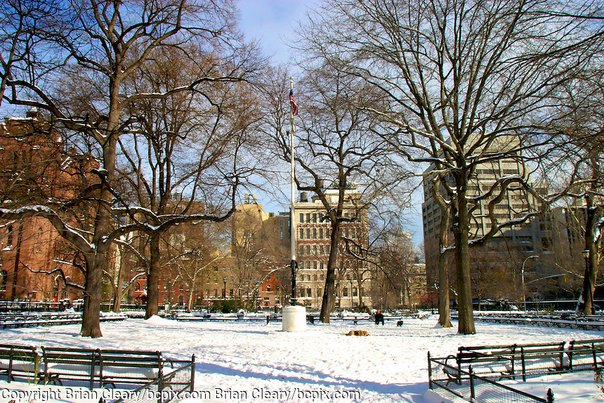 Stuyvesant Park under snow after a storm , New York City , December 2003.  (Photo by Brian Cleary/www.bcpix.com) New York City, December 2003.  (Photo by Brian Cleary/www.bcpix.com)