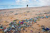 plastic debris and trash, washed ashore, Fonte da Telha Beach, Portugal, Atlantic Ocean