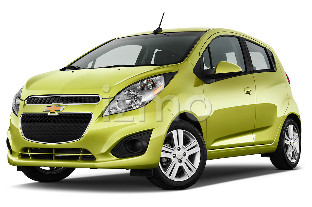 Low aggressive front three quarter view of a .2013 Chevrolet Spark LS