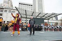 San Francisco - Ca, Friday, Dec. 28, 2012 : The 2012 Kraft Fight Hunger Bowl.