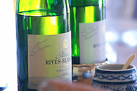Chenin Blanc Dedicace. Chateau Rives-Blanques. Limoux. Languedoc. France. Europe. Bottle.