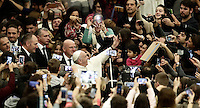 Papa Francesco accarezza una bambina al suo arrivo all'udienza generale del mercoledi' in aula Paolo VI in Vaticano, 25 gennaio 2017.<br /> Pope Francis caresses a child as he arrives to lead his weekly general audience in Paul VI Hall at the Vatican, on January 25, 2017.<br /> UPDATE IMAGES PRESS/Isabella Bonotto<br /> STRICTLY ONLY FOR EDITORIAL USE
