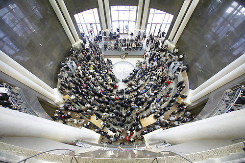 3/21/06--Opening ceremonies for the new Harris County Civil Courthouse were held during the noon hour in downtown Houston Tuesday, 3/21/06.  The ceremony, which was held inside the rotunda was presided over by County Judge Robert Eckels.   Photo by Steve Campbell, Chronicle Staff
