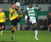 FUSSBALL   DFB POKAL   SAISON 2011/2012   HALBFINALE SpVgg Greuther Fuerth - Borussia Dortmund                  20.03.2012 Sebastian Kehl (li, Borussia Dortmund) gegen Olivier Occean (Greuther Fuerth)