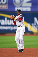 Cedar Rapids Kernels shortstop Nick Gordon (5) warmup throw to first during a game against the Kane County Cougars on August 18, 2015 at Perfect Game Field in Cedar Rapids, Iowa.  Kane County defeated Cedar Rapids 1-0.  (Mike Janes/Four Seam Images)