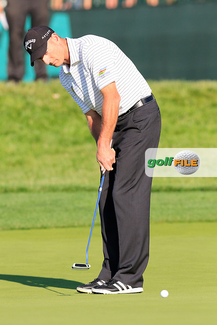 Jim Furyk (USA) putts on the 18th green during Friday's Round 2 of the 2016 U.S. Open Championship held at Oakmont Country Club, Oakmont, Pittsburgh, Pennsylvania, United States of America. 17th June 2016.<br /> Picture: Eoin Clarke | Golffile<br /> <br /> <br /> All photos usage must carry mandatory copyright credit (&copy; Golffile | Eoin Clarke)