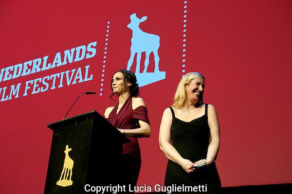 Utrecht,28 sept 2011 .Nederlands FILM FESTIVAL.Famke Janssen ,Bringing Up Bobby.rechts Sofia Sondervan..Foto Lucia Guglielmetti.