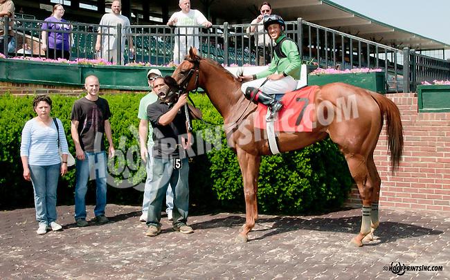 E Street Bourbon winning at Delaware Park on 6/17/13