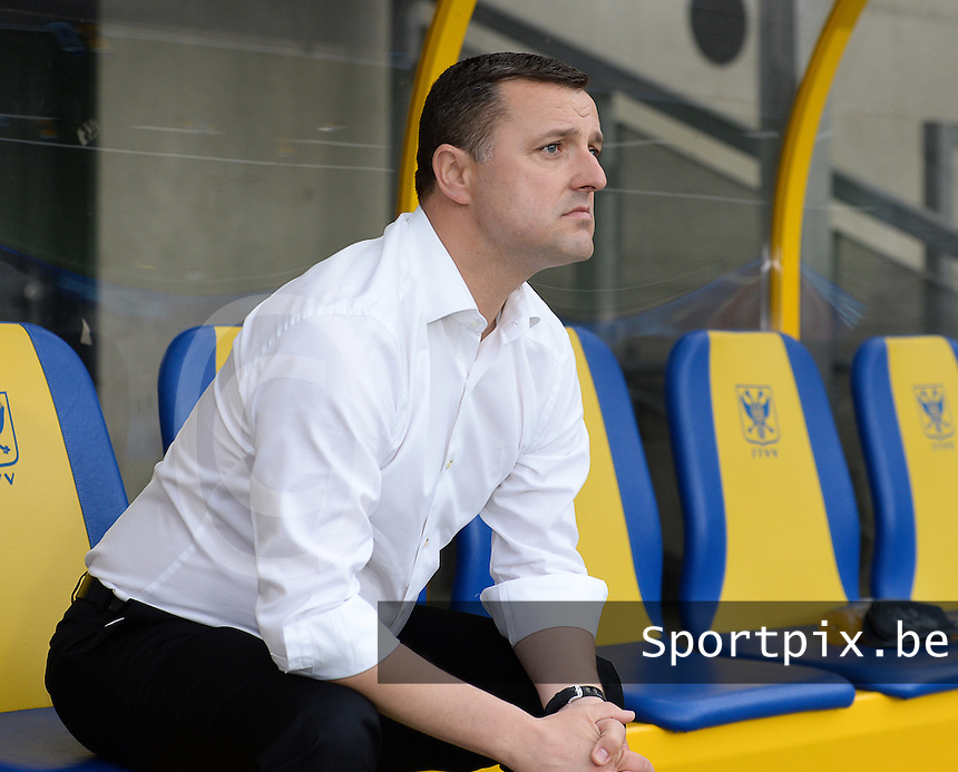 20150523 - SINT-TRUIDEN ,  BELGIUM : Belgian head coach Ives Serneels pictured during the friendly soccer game between the Belgian Red Flames and Norway, a preparation game for Norway for the Women's 2015 World Cup, Saturday 23 May 2015 at Staaien in Sint-Truiden , Belgium. PHOTO DAVID CATRY